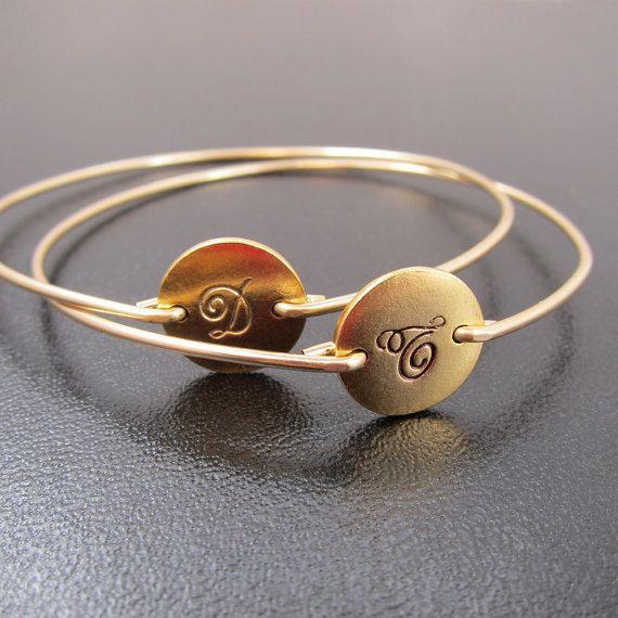 Kursive Gold-Initial-Armband, Gold Initial Armreif Armband ...