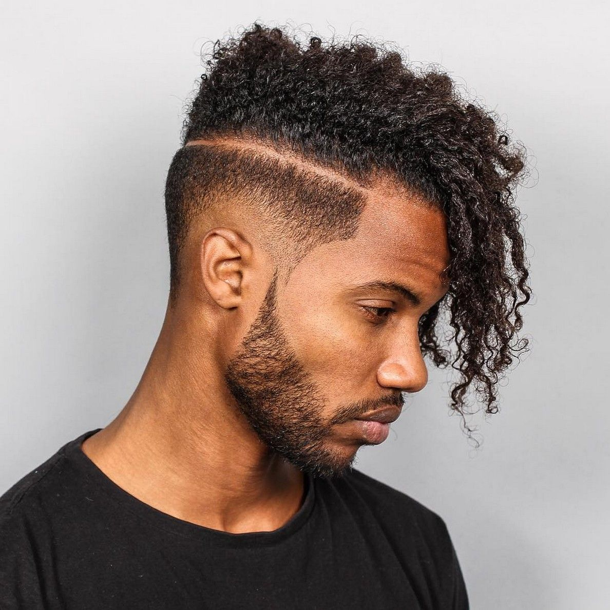 Elegant Side Burn 21 Shape Up Hairstyles #mensshapeuphaircuts  #mensshapeuphairstyles #ShapeUpHaircutstyles #ShapeUpwithShortHairHaircut #  ...