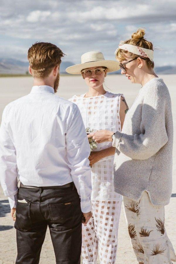 Minimalist Wedding in the Alvord Desert