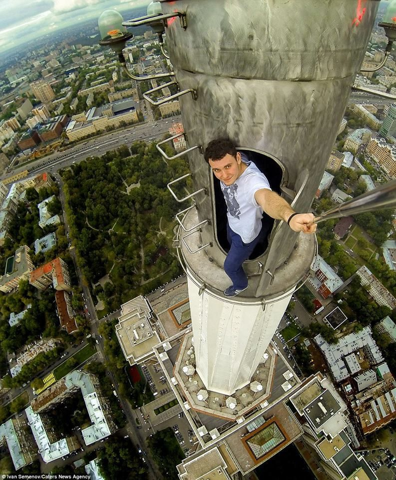 Crazy Russian Climbers Scale Hong Kongs Skyscrapers Urbex - Daredevil duo climb hong kongs buildings capture like youve never seen
