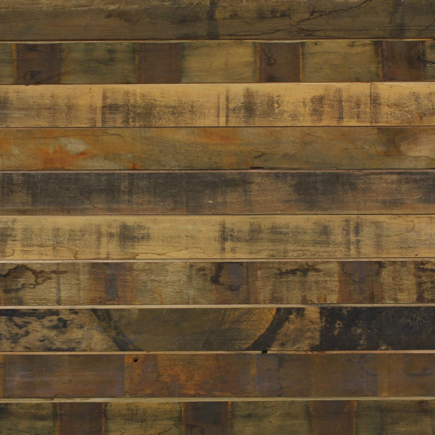 Many People Are Using Reclaimed Or Antique Wood In Homes