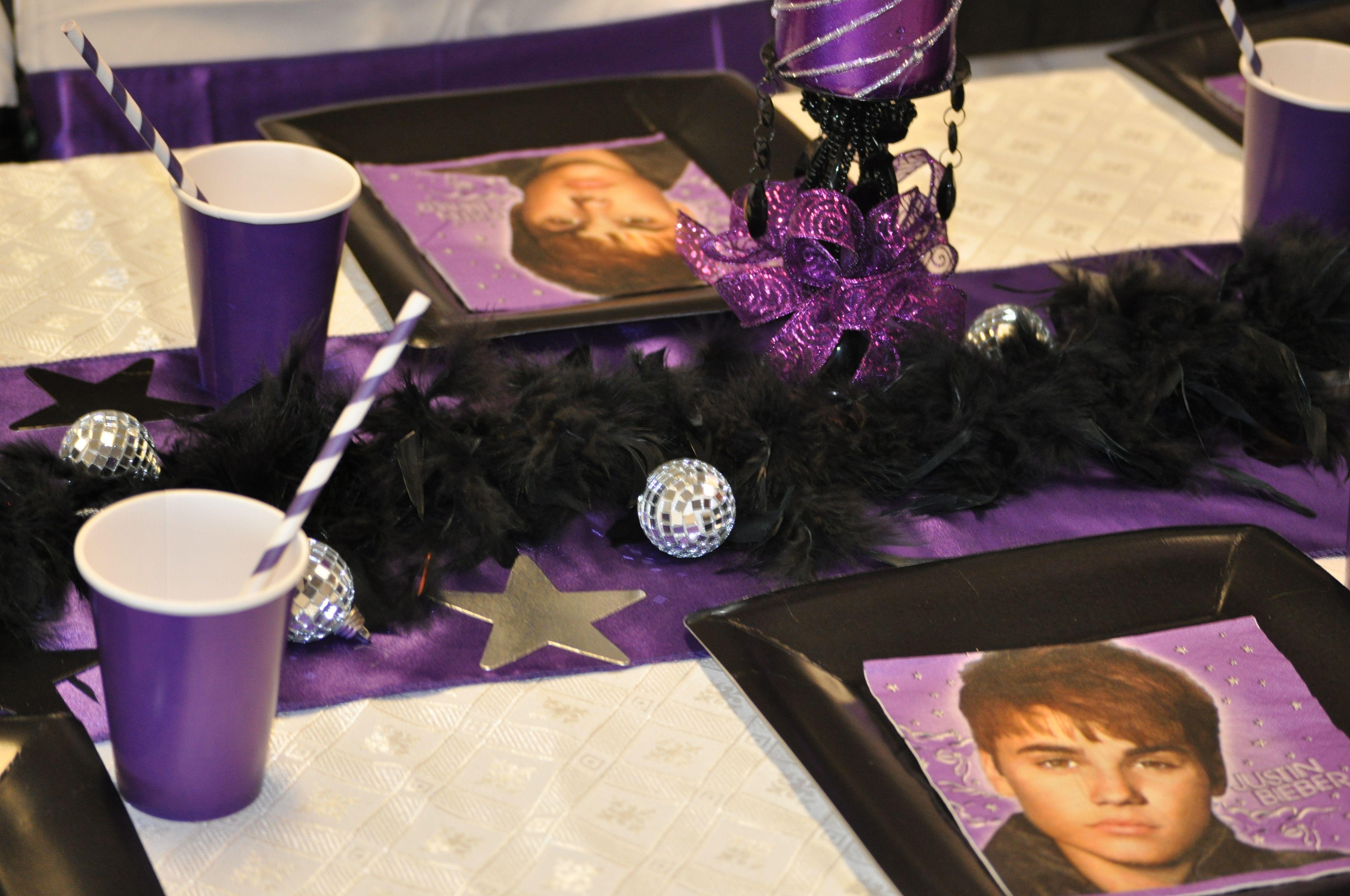 Justin Bieber / Rockstar party black, purple, silver & white table setting