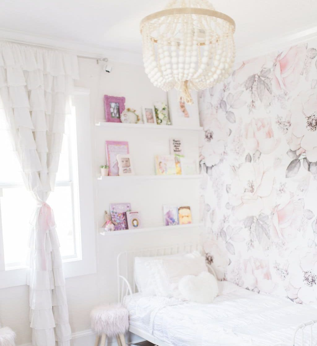 Lucille And Edith S Bedroom Tour Girls Bedroom Wallpaper Shabby