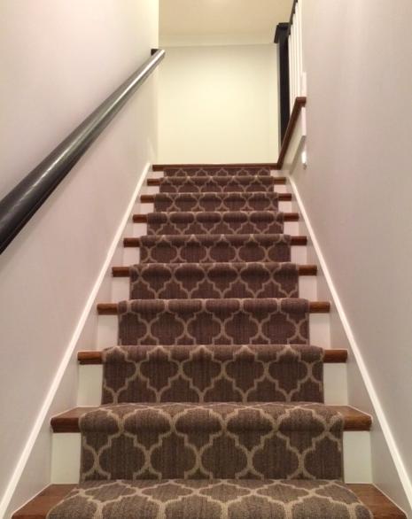 Best Black Handrails Quatrefoil Pattern On Carpet And Exposed 400 x 300