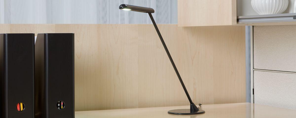Gut Flute   Desk Light   HermanMiller Healthcare Schreibtischlicht, Herman  Miller, Lampen, Arbeitsplatzbeleuchtung,