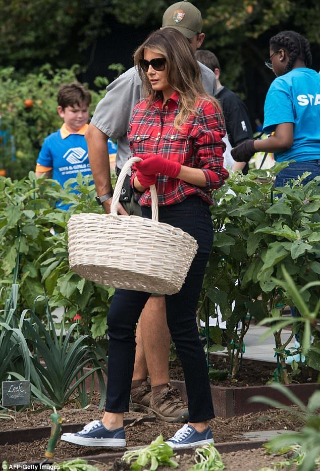 Melania Trump Wore Flannel To Garden At The White House Nature In