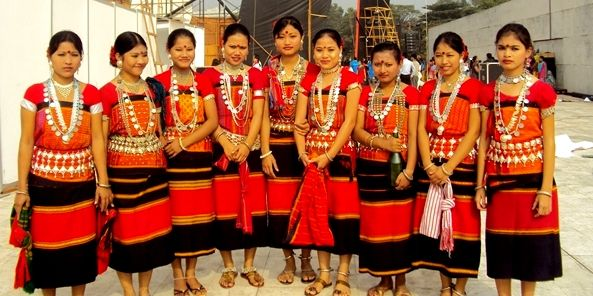 396ccc885f Tripura girls wearing a tripura traditional dress. | Tripura Culture ...