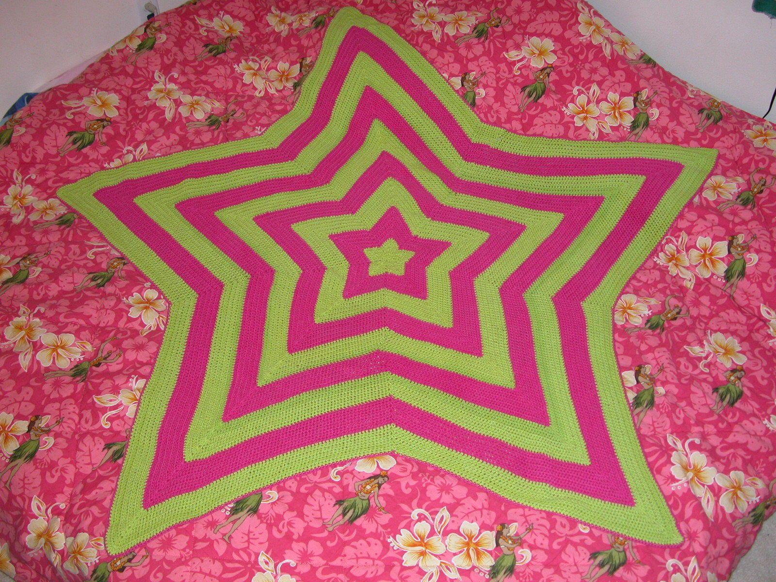 Sara\'s Starghan | Star blanket, Blanket and Yarns