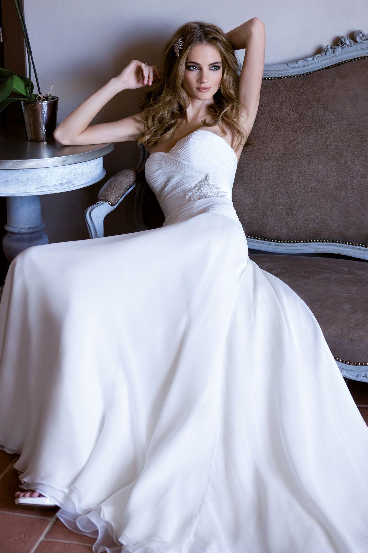Collezioni abiti da Sposa Alessandra Rinaudo  / Diamond