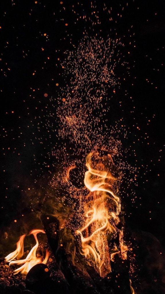 8 Best Fire Wallpapers for iPhone X/Xs/Xr/Xs Max You