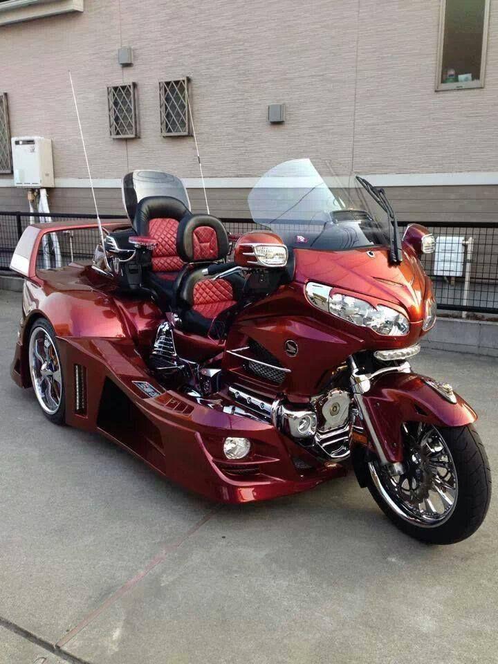 Honda Goldwing Https Www Facebook Com Pages Goldwing World 485468911520220 Honda Trike Trike Motorcycle Goldwing Trike