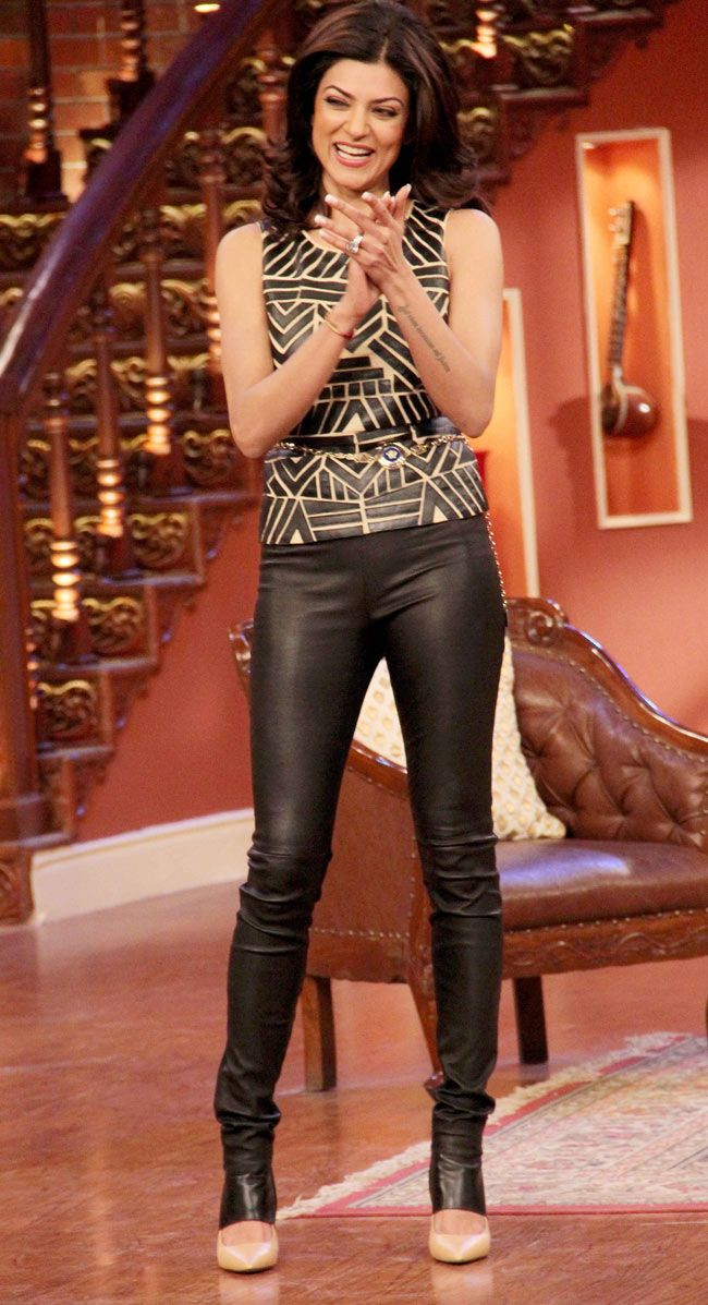 Sushmita Sen visits the sets of the hit comedy show 'Comedy Nights With Kapil'. #Style #Bollywood #Fashion #Beauty