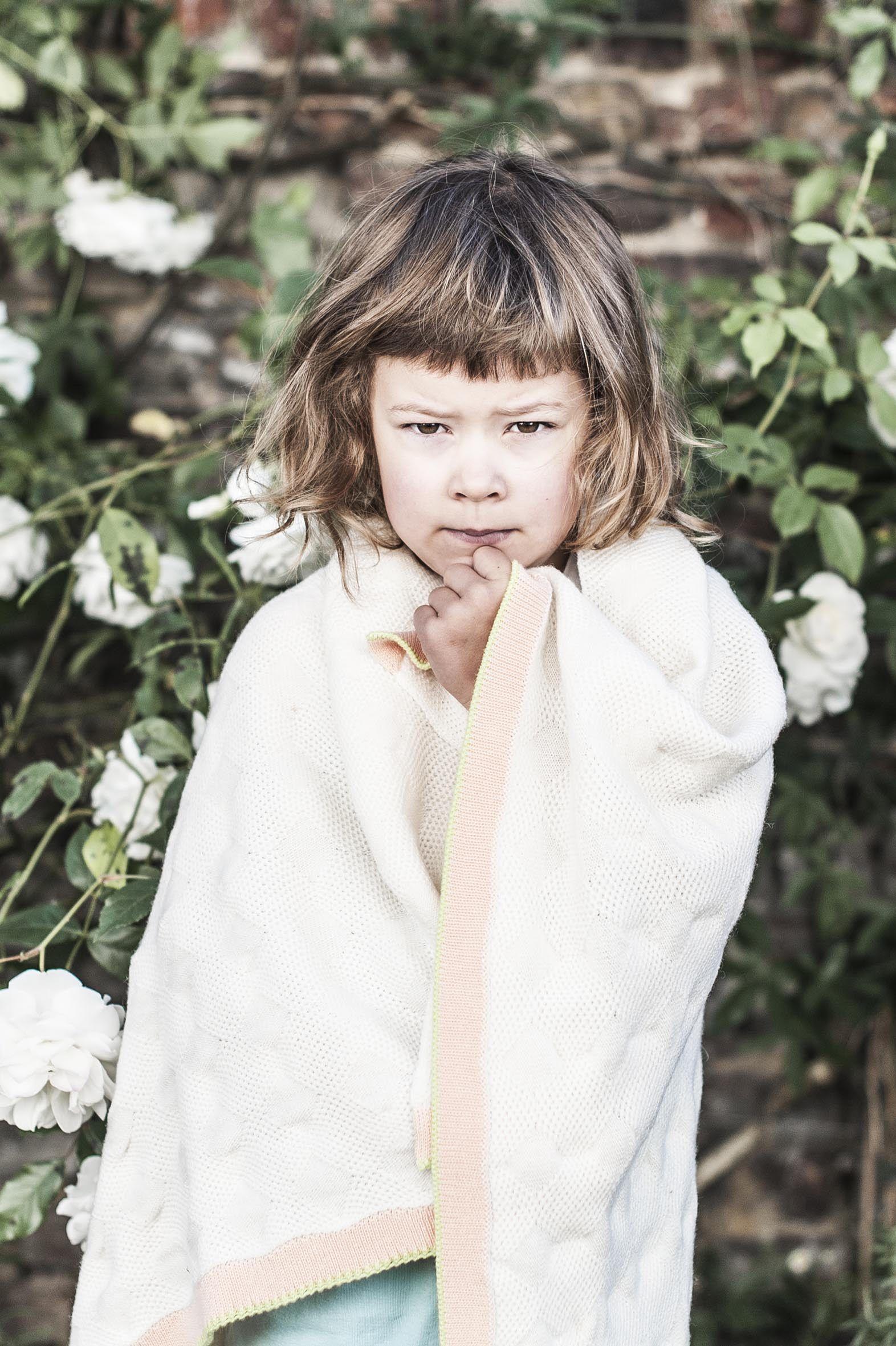#hvid #belgiumlabel #indewolken Kinderspeciaalzaak 'In de wolken' - Mortsel