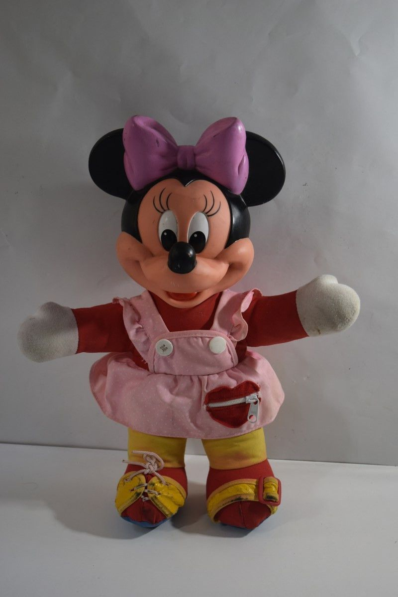 Vintage MINNIE MOUSE doll Dress Me learning toy tie laces ...