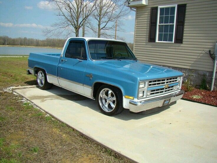 Pin By John Neal On Phat Rides Classic Pickup Trucks Chevy Trucks Chevy Pickup Trucks