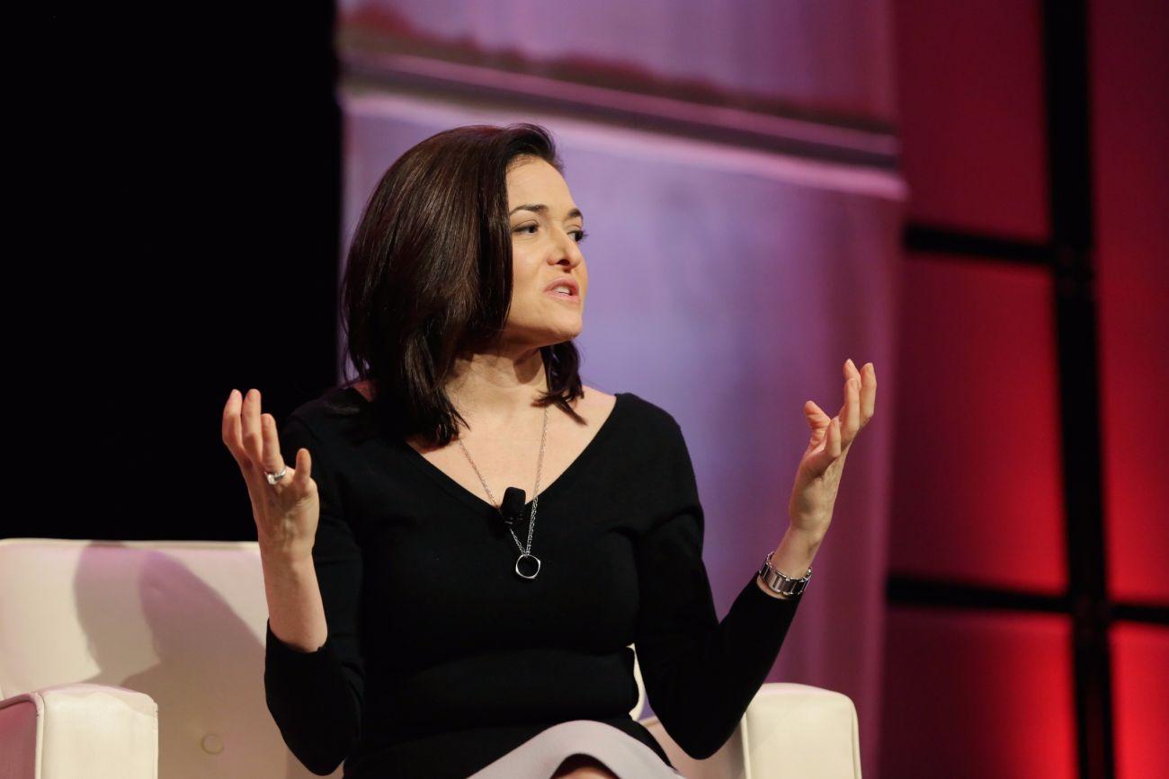 Sheryl Sandberg's 6 Steps to Make Sure Everyone Feels Safe ... Sheryl Sandberg How To Give Support Article