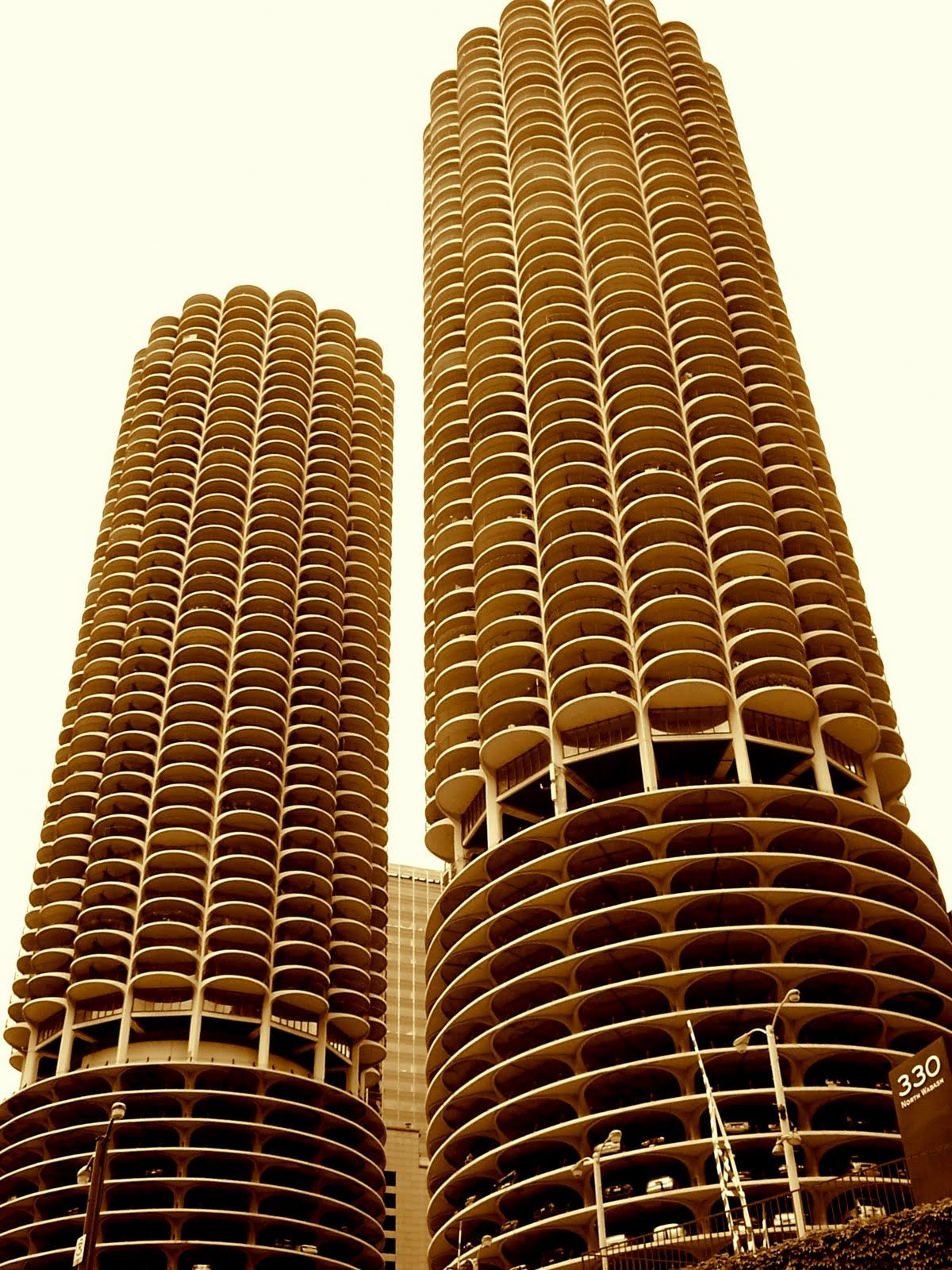 Architecture Buildings In Chicago corn cob buildings chicago | architecture | pinterest | cob