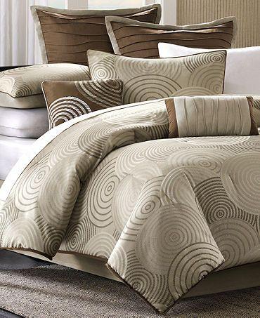 Comforter set from Macys! | ALMOHADONES Y COJINES !!! | Pinterest