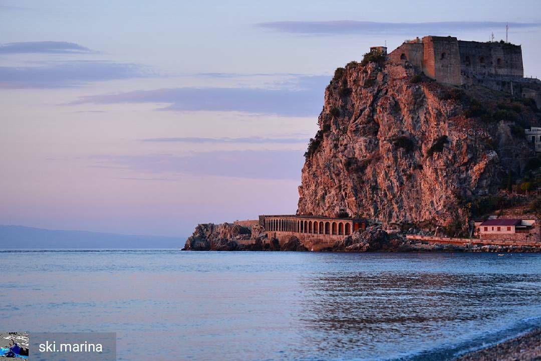 La Magia Di Scilla Rc In Uno Scatto Di Ski Marina Scilla Reggiocalabria Calabria Kalabria Kalabrien Mare Sea Magia In 2020 Reggio Calabria Calabria Italy