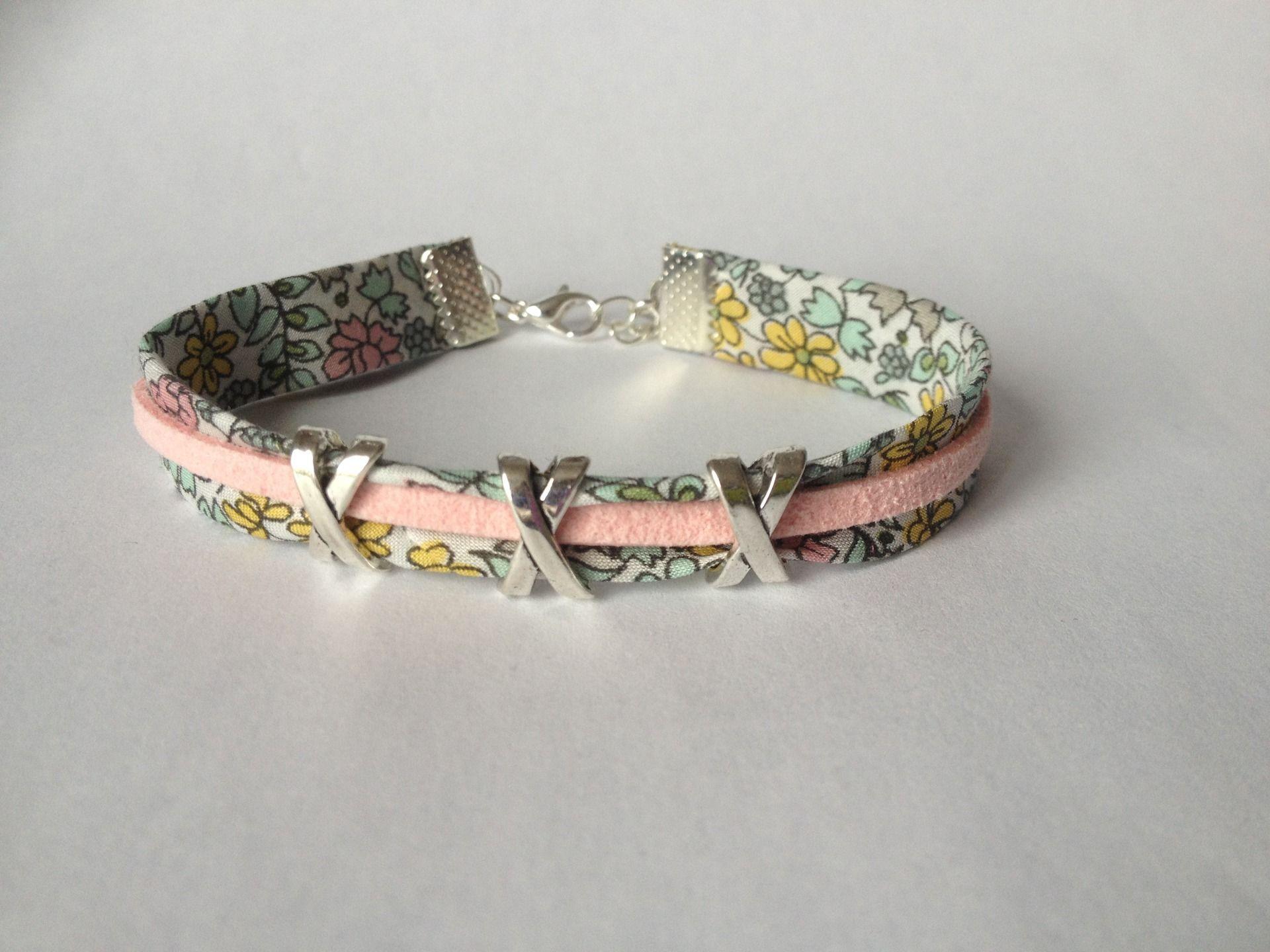 Bracelet en forme de fleur