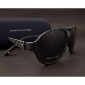 10d08d886 O Óculos de Sol Masculino Tommy Hilfiger TH173 003/IR-58 é um modelo ...