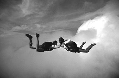 Top 10 Fascinating Skydiving Myths - Listverse
