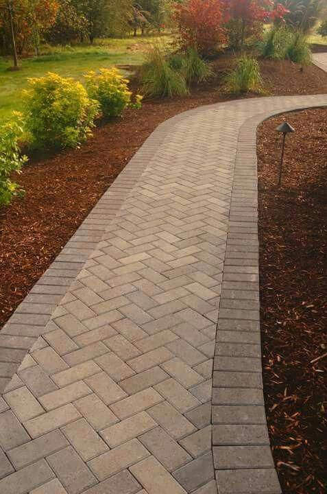 Awesome walkway to front door - check out our report for more good ideas! #walkwaytofrontdoor #walkwaystofrontdoor Awesome walkway to front door - check out our report for more good ideas! #walkwaytofrontdoor #walkwaystofrontdoor