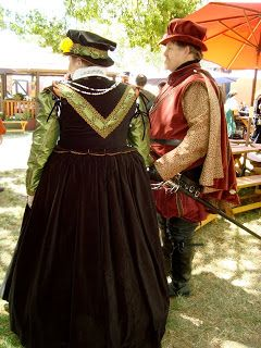 #Elizabethan #Renaissance #Tudor #16th #Century Renaissance Faire Costumes - Ren Faire : ideas for renaissance faire costumes  - Germanpascual.Com