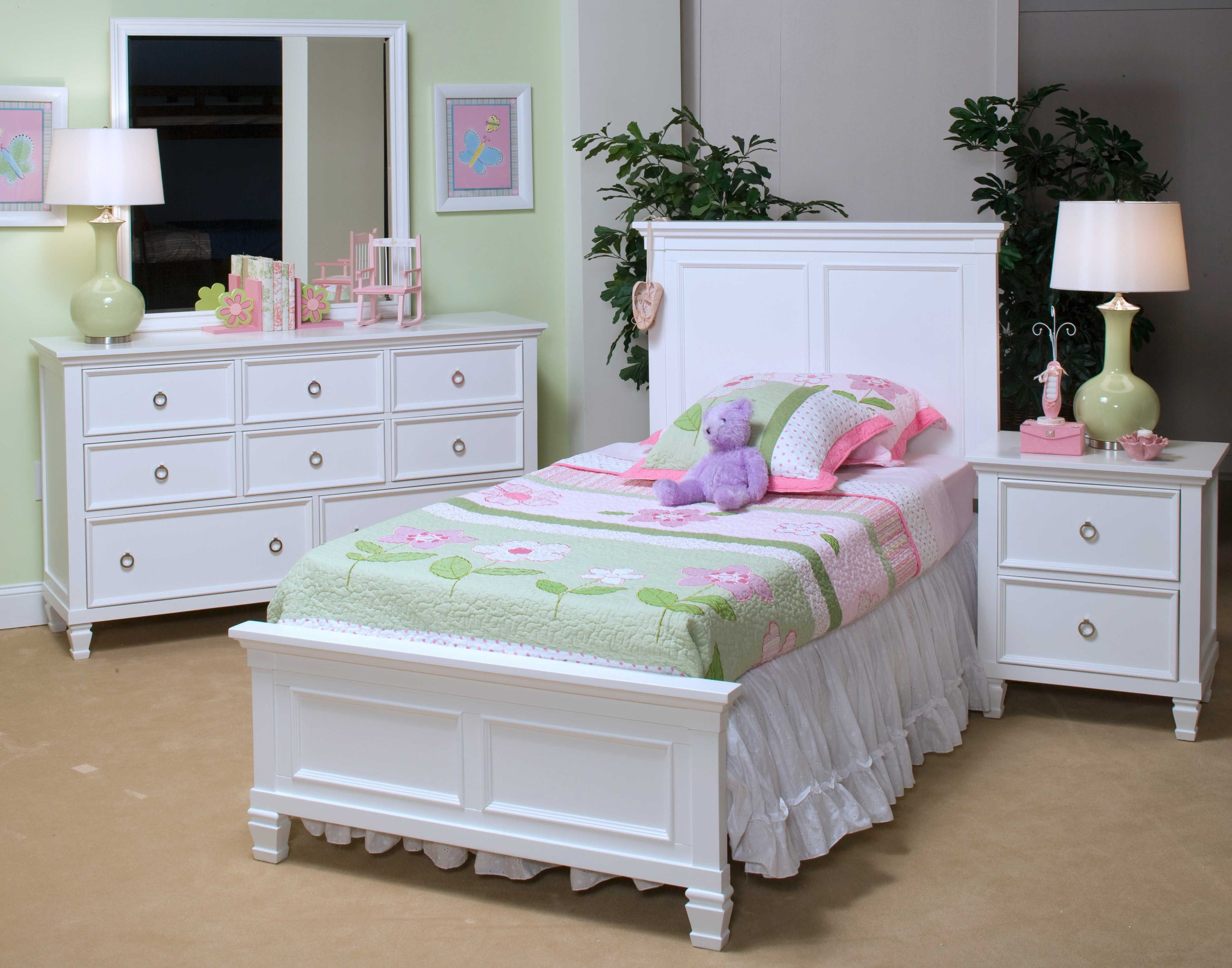 Tamarack White Twin Bedroom Group Twin bedroom sets