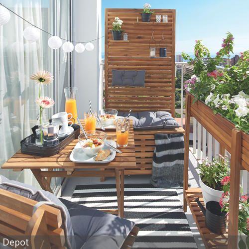 Sonntagsfruhstuck Auf Kleinem Balkon Indoor Outdoor And Balconies