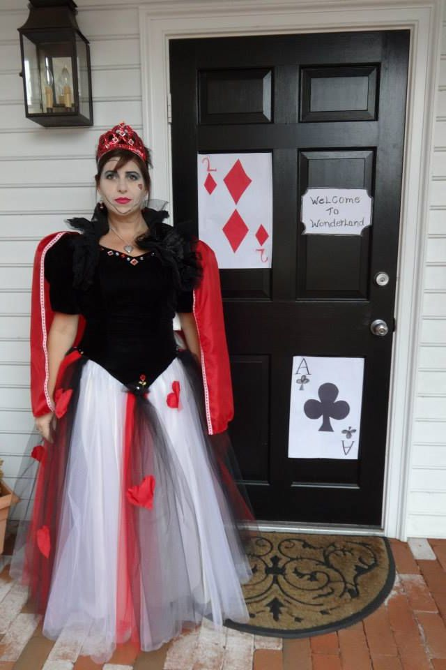 Queen of Hearts Costume DIY costumes Pinterest Queen of hearts