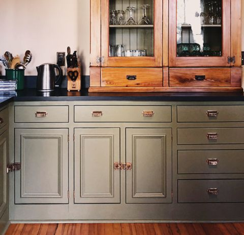 how to build your own vintage-style cabinets | classic