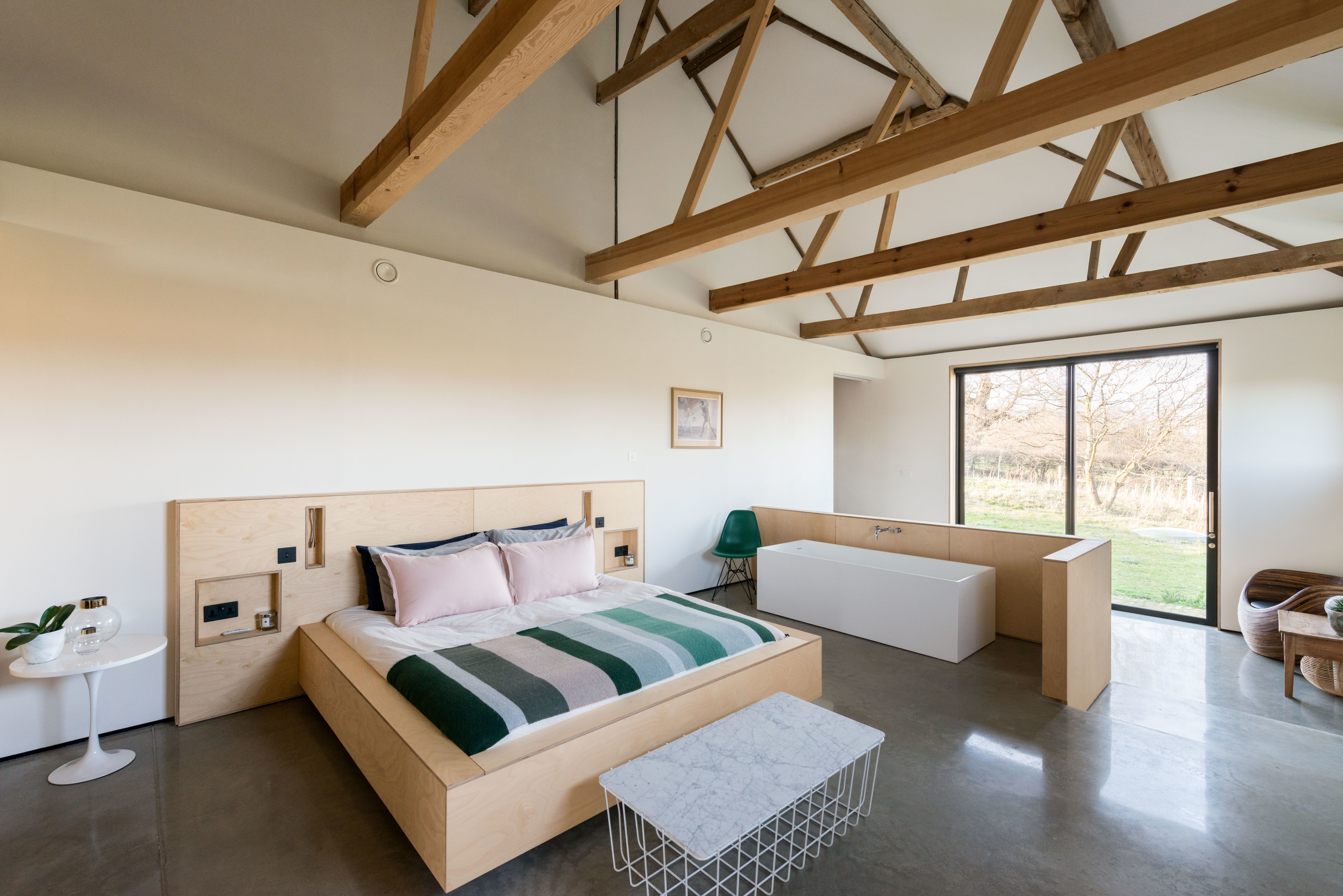Minimalist interiors the modern house a suffolk barn home with soaring ceilings listed at 1 95m dwell