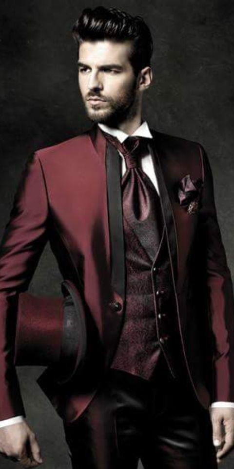 990a9f87c Me gusta el rojo asi para un traje