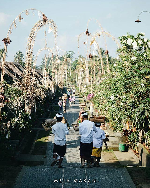 Selain Pantai Dan Wisata Alam Bali Punya Destinasi Wisata Keren Yang Namanya Desa Selain Pantai Dan Wisata Alam Bali Punya Destina Dolores Park Park Travel
