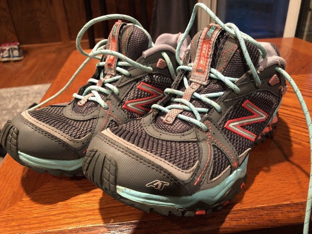 new balance women's all terrain shoes