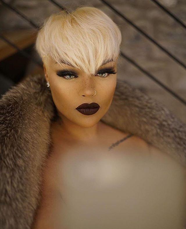 beautiful brown black queens girl with blonde hair