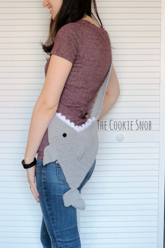 Shark Bag By Erin - Free Crochet Pattern - (thecookiesnob.weebly ...
