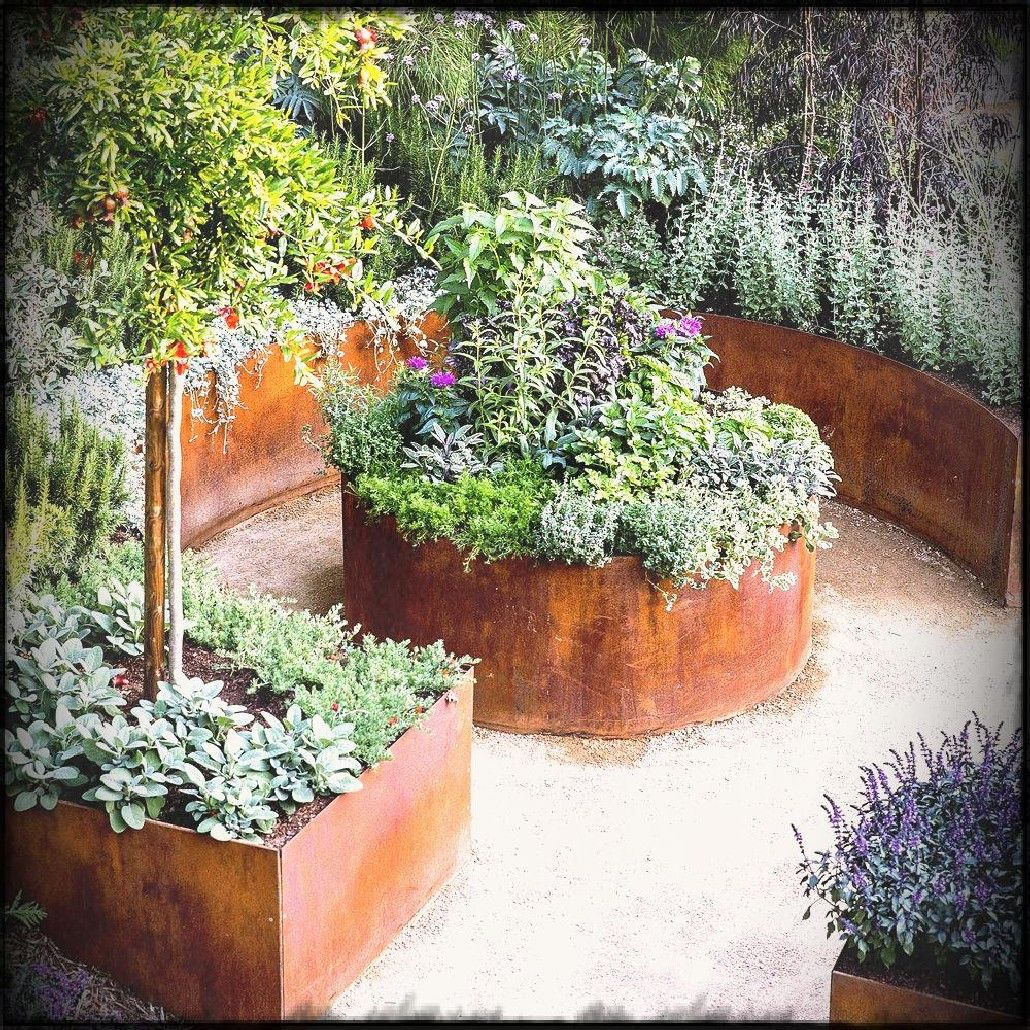 20 Raised Bed Garden Designs And Beautiful Backyard: 32 Amazing Beautiful Round Raised Garden Bed Ideas That