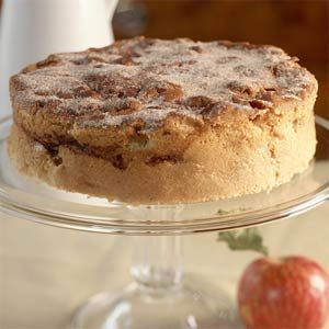 Cinnamon Apple Breakfast Cake