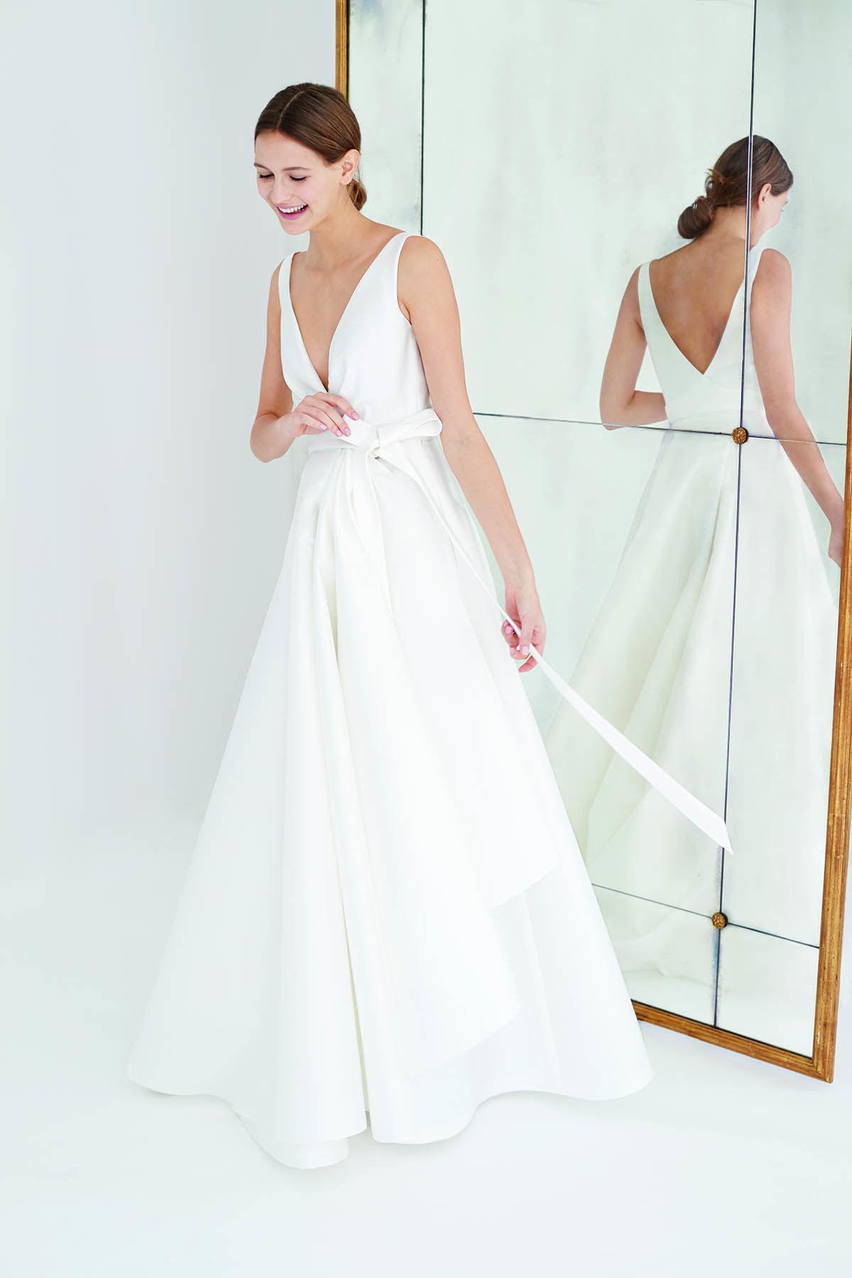 d9c84400f5308 Carolina Herrera Fall 2018 Bridal Collection | Wedding dresses in ...