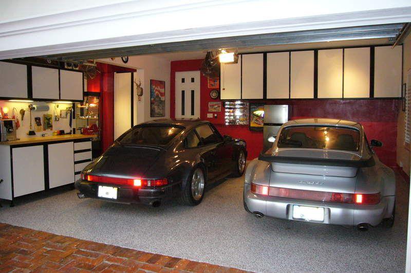 Show Your Porsche Garage Set Up