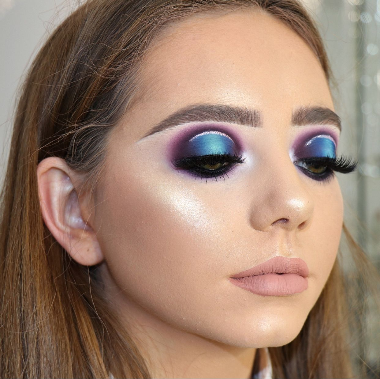 Purple And Blue Eyeshadow Rounded Eye Look Sliver Liner Pink