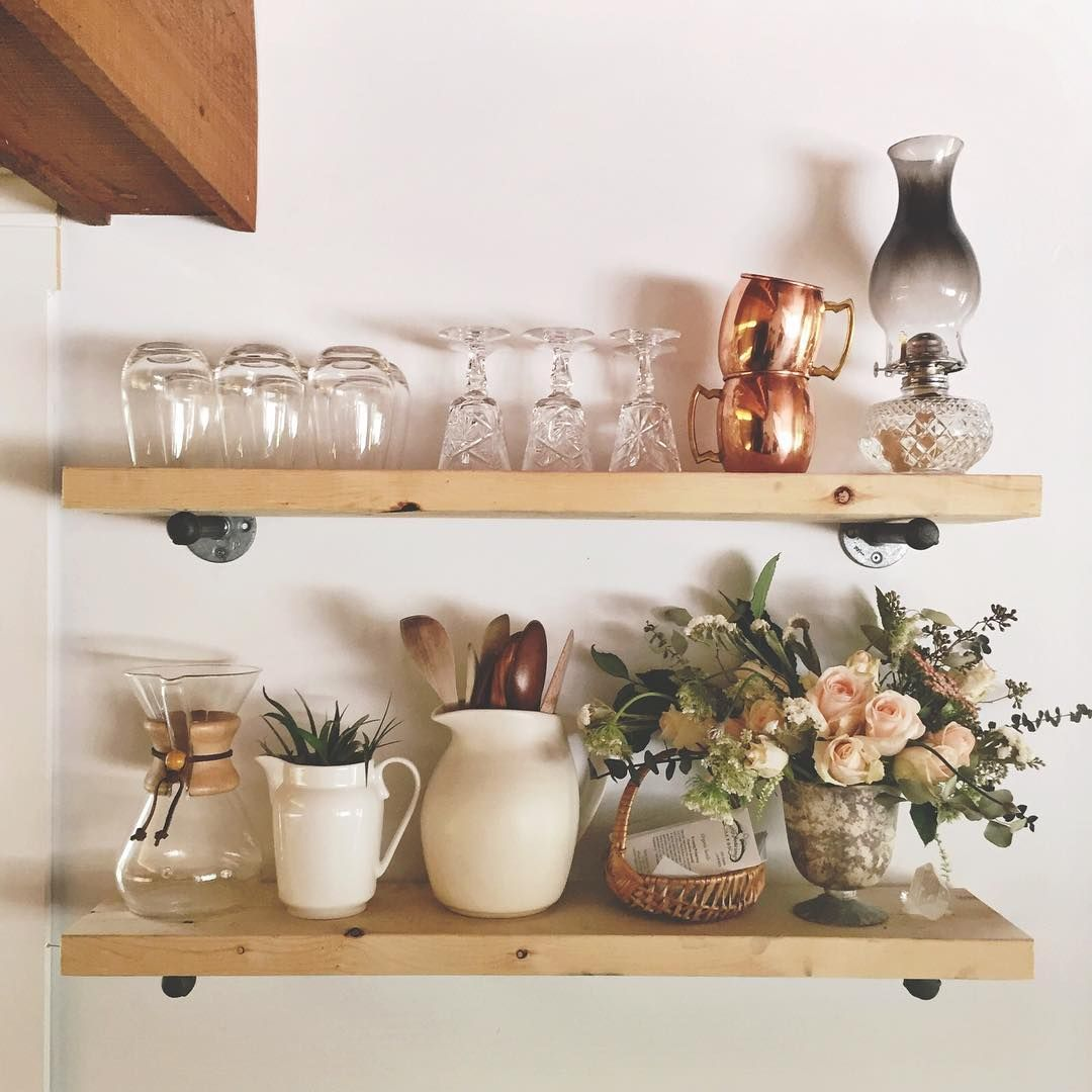 You need a shelf for flowers The hands can make a masterpiece 74