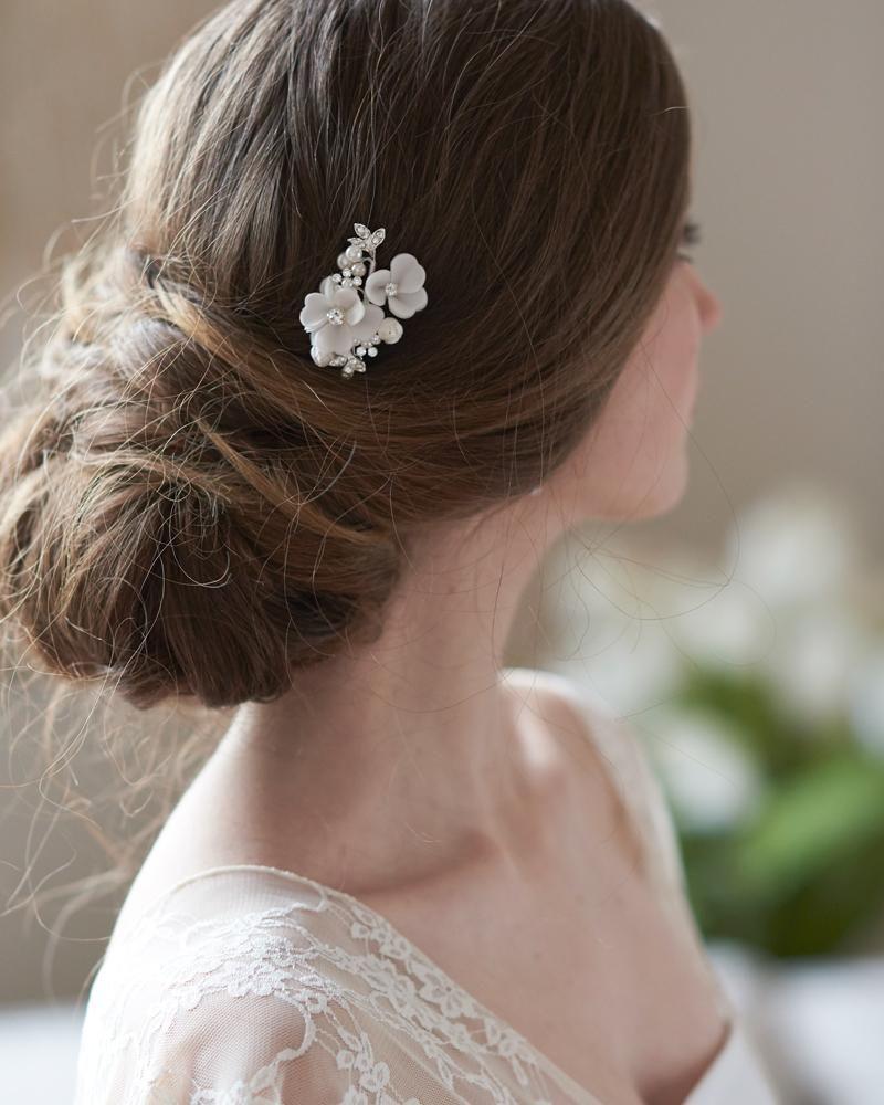 ellie flower hair pin in 2019   bridal hair accessories