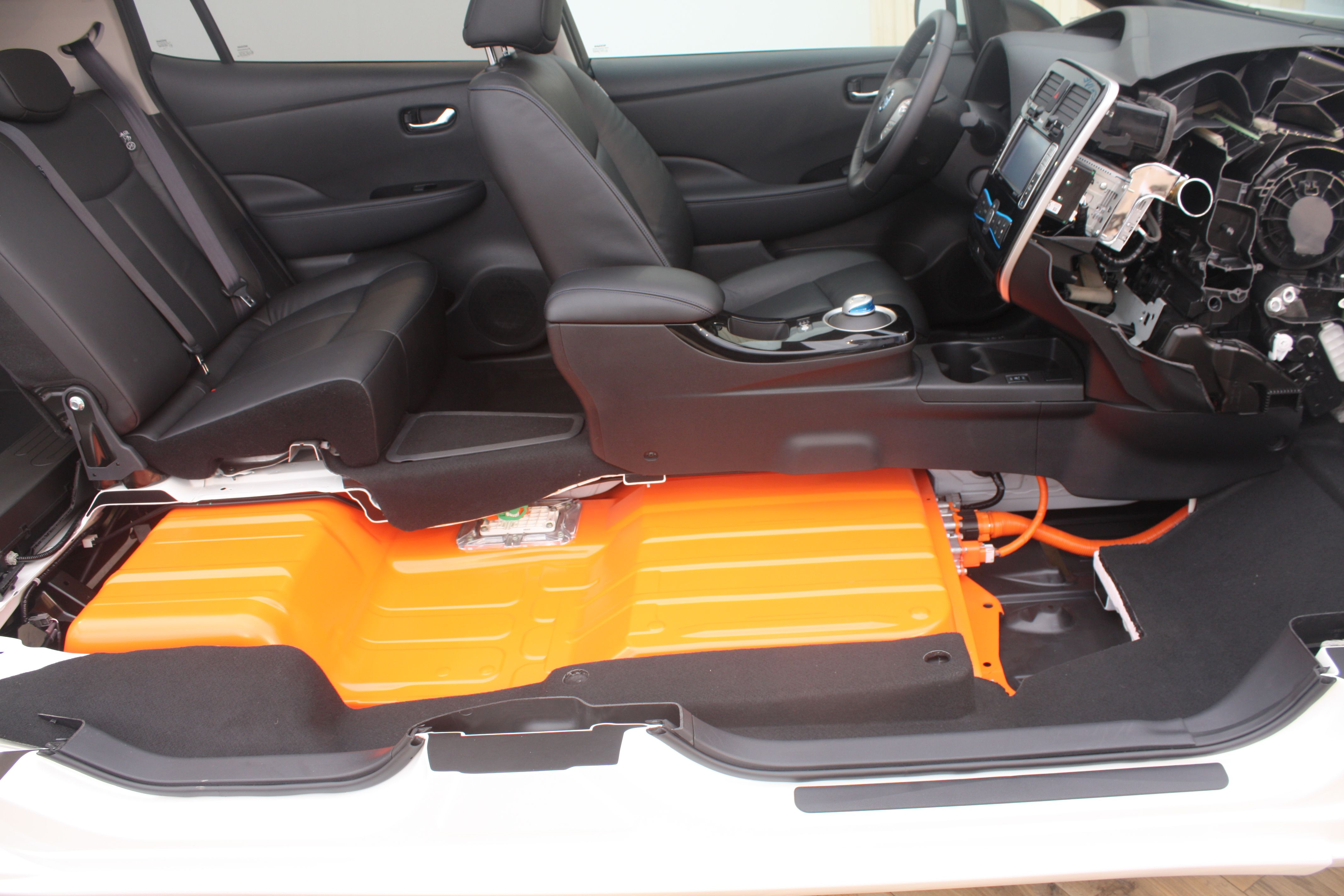 The nissan leaf chevy volt and tesla model s use different batteries and