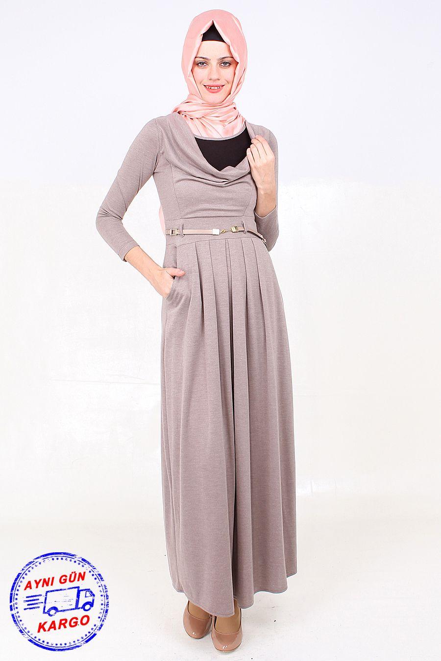 Bol Yaka Cepli Vizon Tesettur Elbise Modeli Viskon Kumastan Uretilmis Olup 145 Cm Boyundadir Urun Astarsizdir Elbise Modelleri Elbise Elbiseler