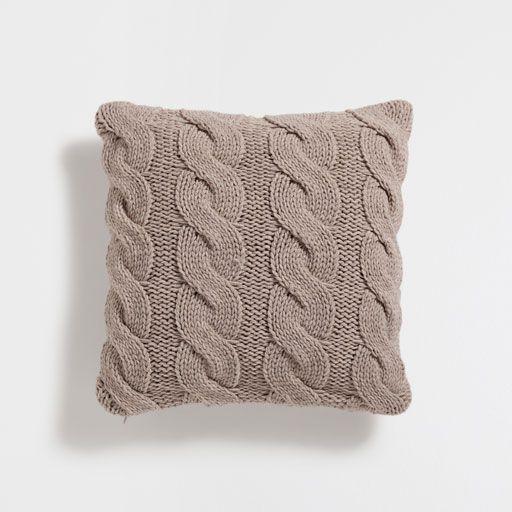 kissenbezug aus strick homewear pinterest kissen kissenbez ge und dekoration. Black Bedroom Furniture Sets. Home Design Ideas
