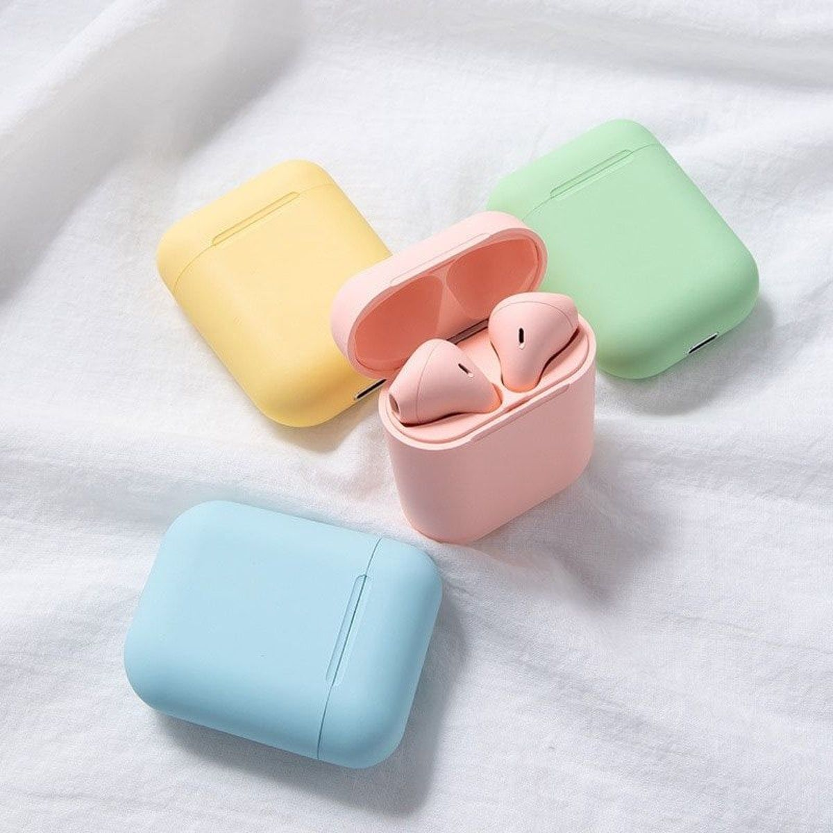 Brand New Airpods Non Apple Cute Ipod Cases Bluetooth Earphones Apple Products