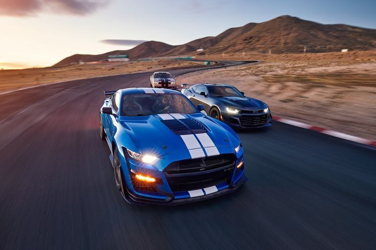 2020 Ford Mustang Shelby Gt500 Vs Chevrolet Camaro Zl1 1le Vs